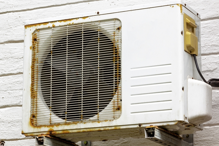 Old HVAC systems may lead to uneven temperature in houses.